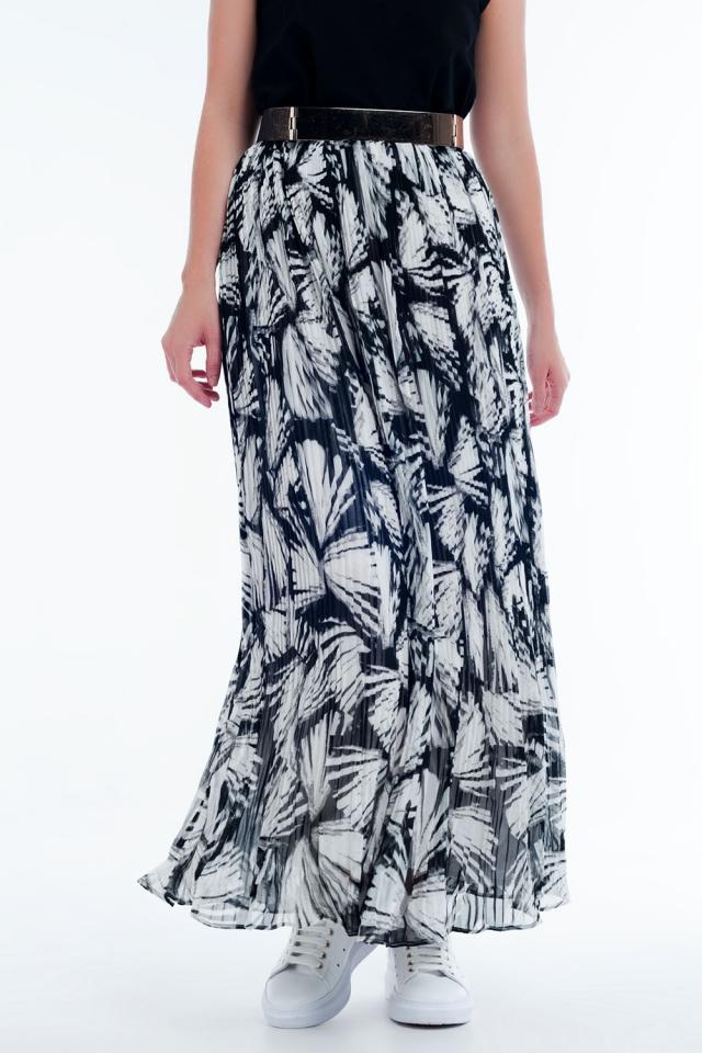Falda larga con estampado abstracto en blanco y negro