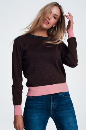 Jersey marron con detalle de raya rosa