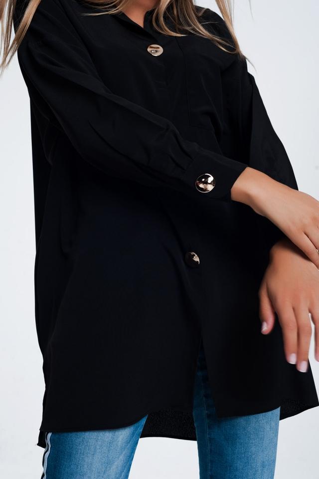 Camisa extragrande negra de manga larga con detalle de botones