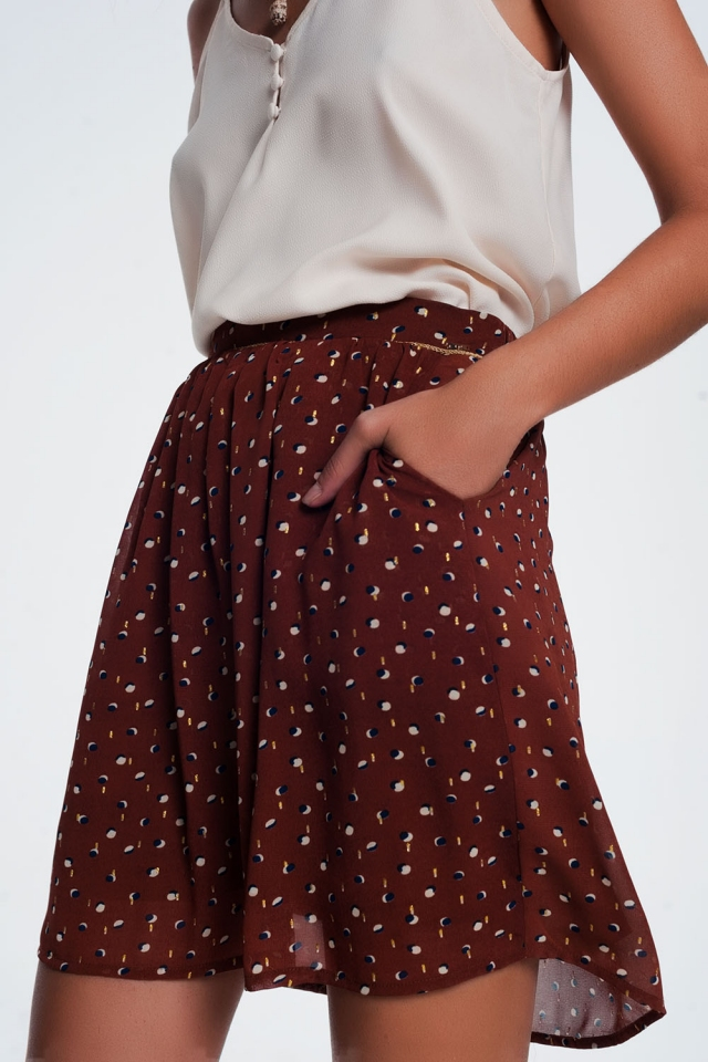 Minifalda marron con estampado de lunares garabateados
