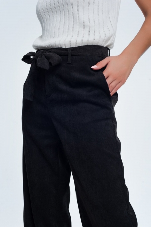 Pantalones de pana en negro