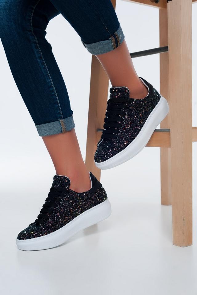 Zapatillas negras con lentejuelas