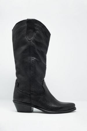 Botas estilo western sin cierres a la rodilla en negro