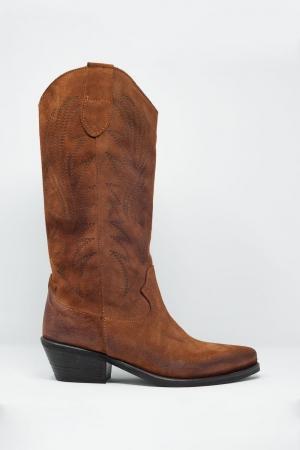 Botas estilo cowboy de pernera alta en marron