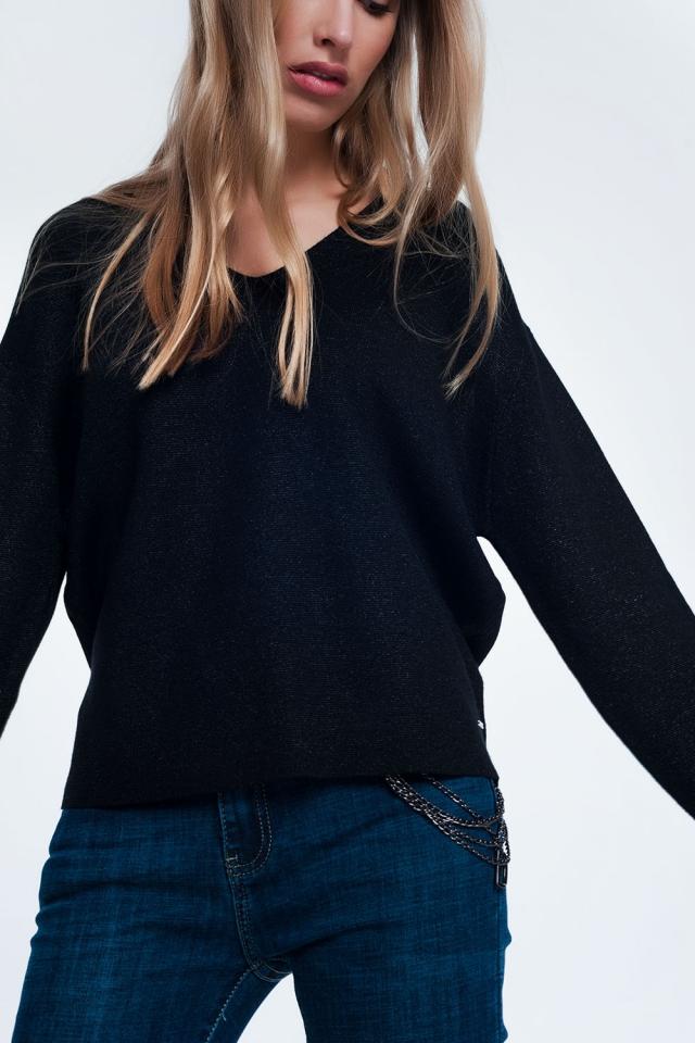 Jersey en negro marga con cuello en V