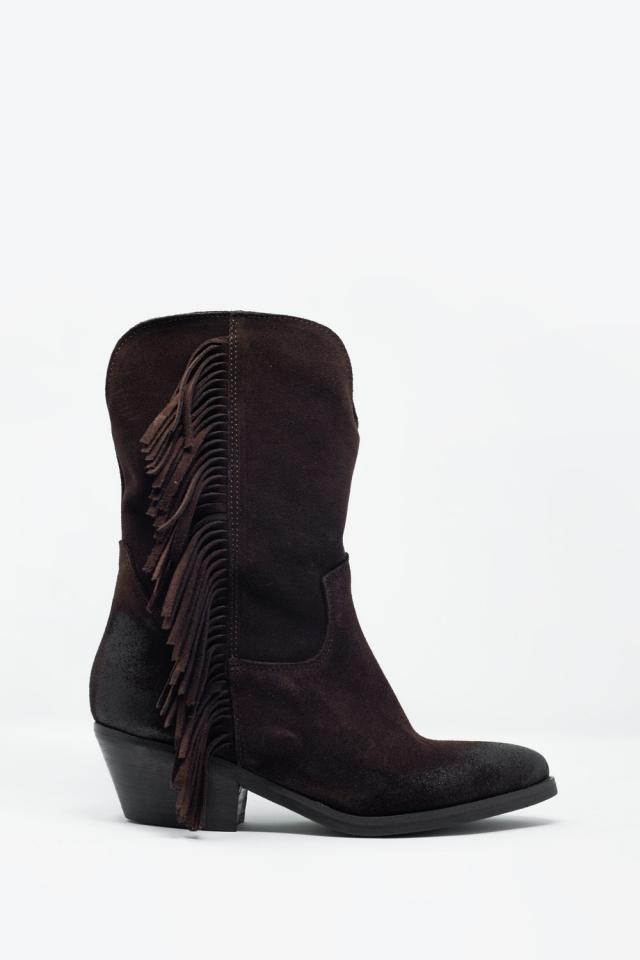 Botas estilo western con flecos en color marron