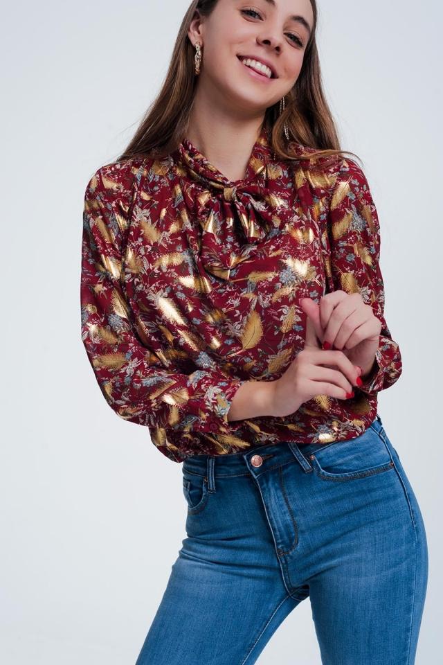 Blusa Roja con estampado floral y detalle de lazo