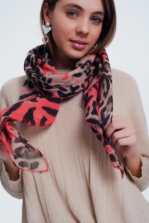 Fular largo con estampado de leopardo en rojo
