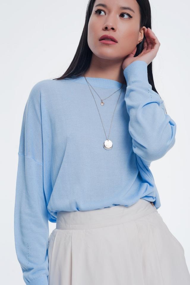 Jersey de punto fino con cuello redondo en color azul