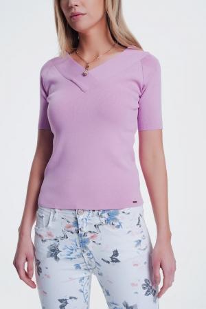 Jersey rosa de manga corta con cuello v