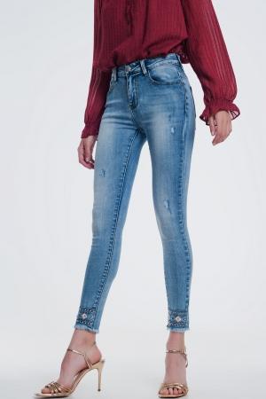 jeans super ajustados con strass