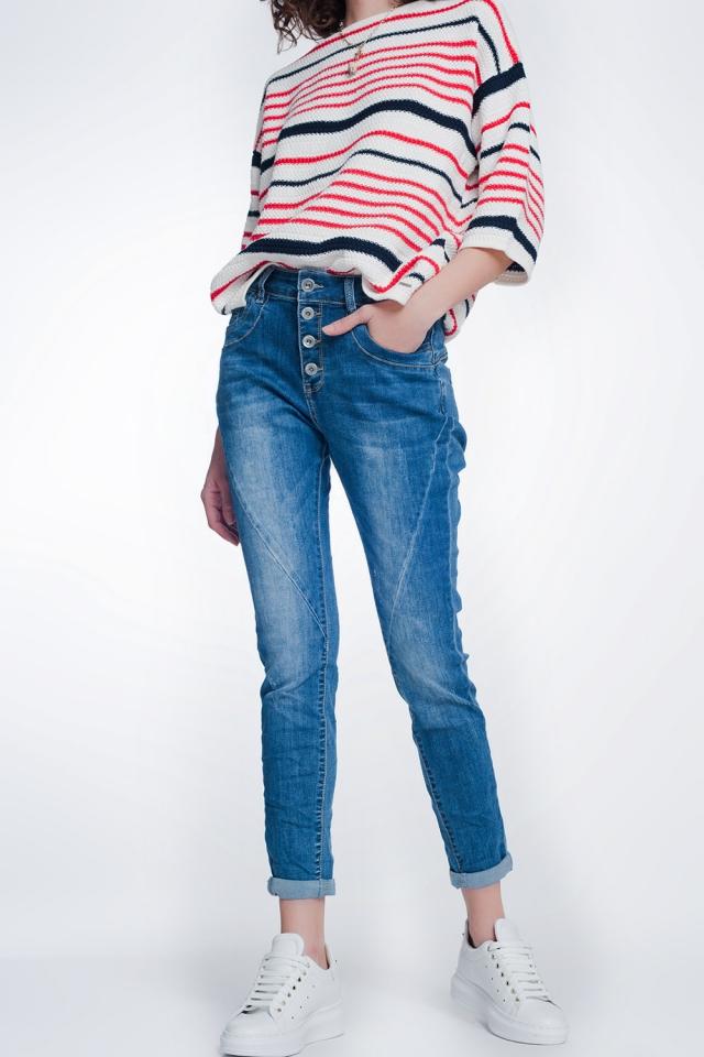 Jeans boyfriend lavado medio con botones
