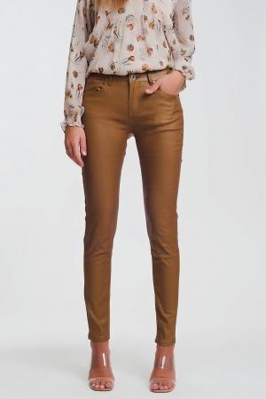 Pantalones ajustados de talle alto en camel