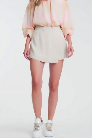 Pantalones cortos con detalle de botones