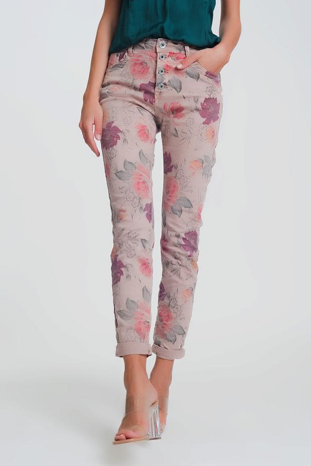 Pantalon boyfriend rosa con estampado floral