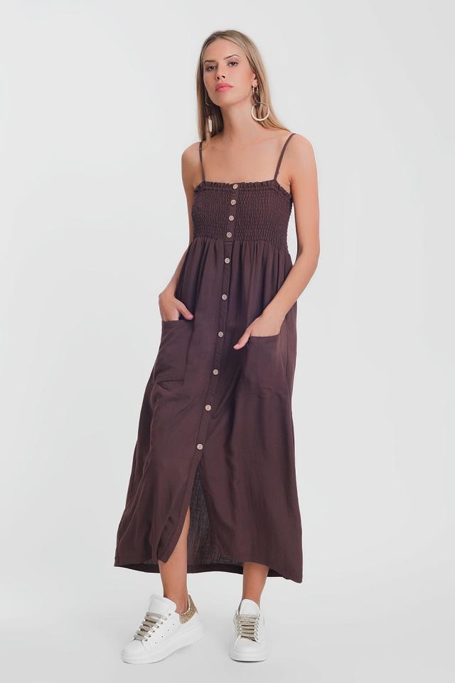 Vestido largo en marron con pecho fruncido y bolsillos