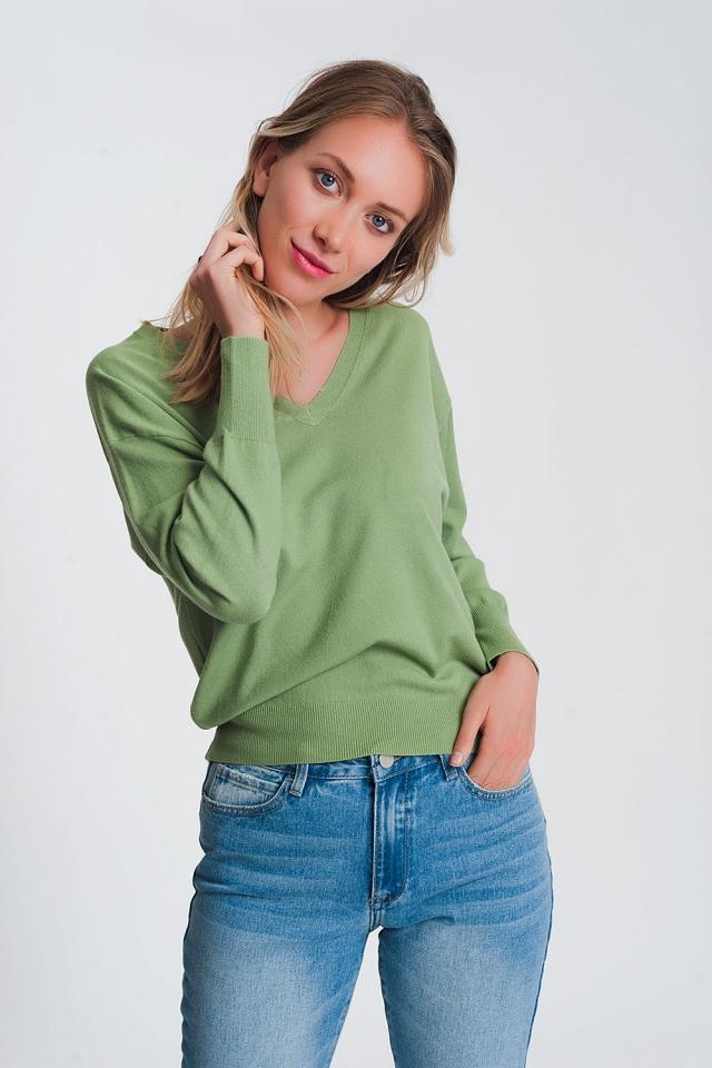 Jersey de punto ligero con cuello de pico en verde