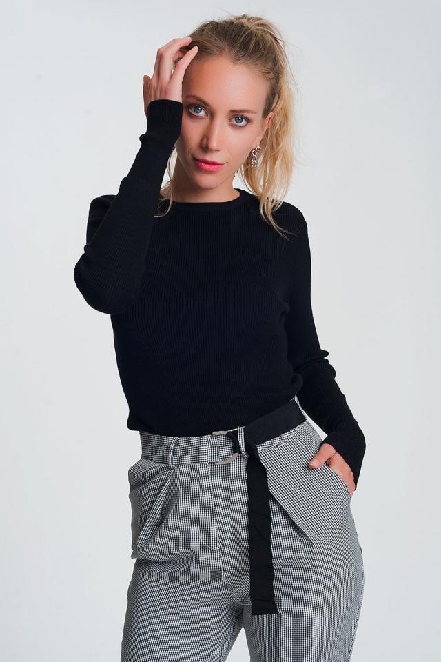 Fitted jumper in black rib knit