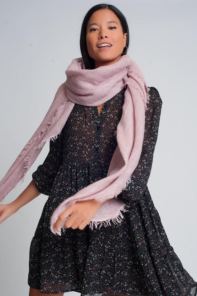 Bufanda de punto ligero en rosado