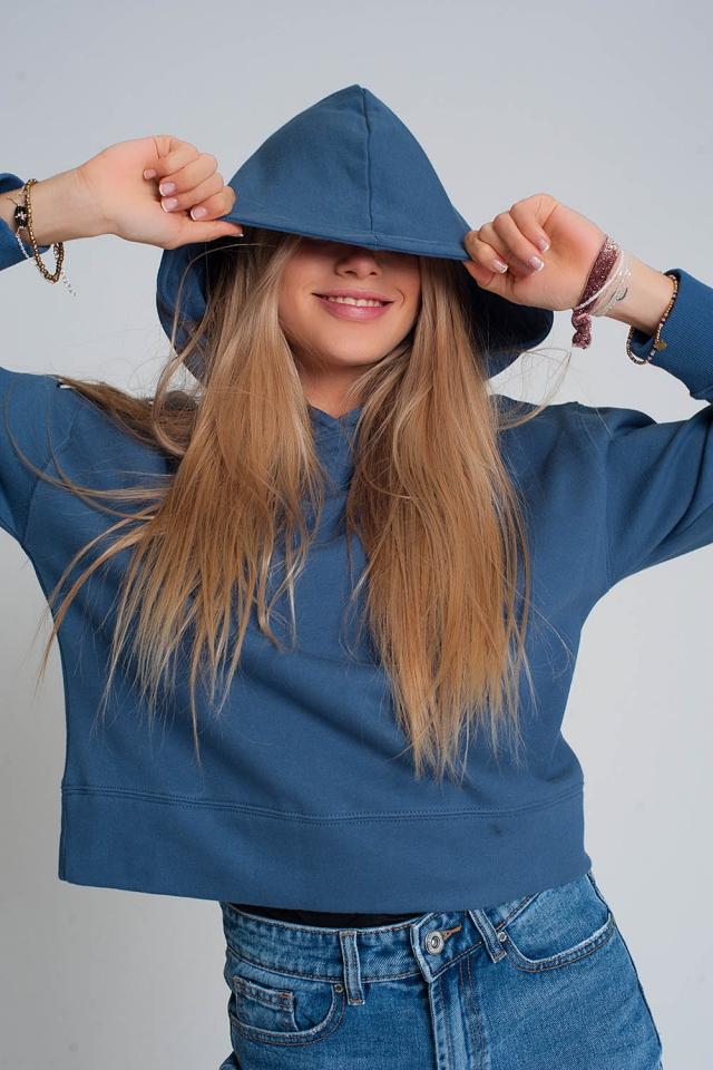 Sudadera con capucha en azul