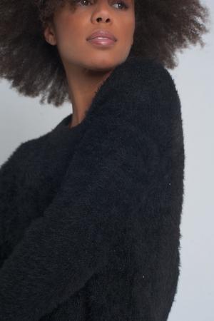 Jersey negro de punto mullido