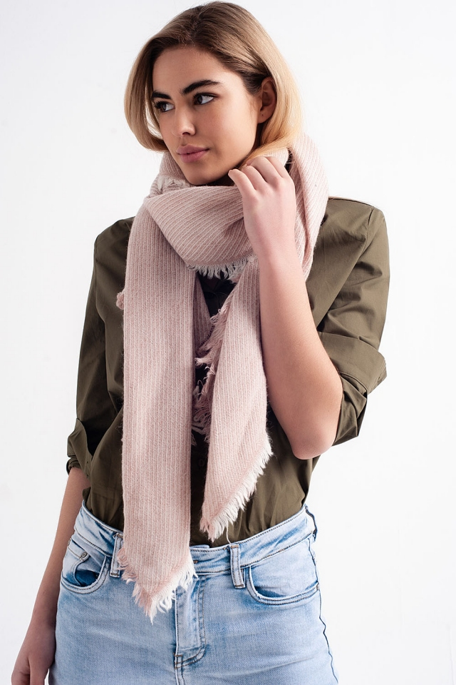 bufanda rosa extragrande deshilachada