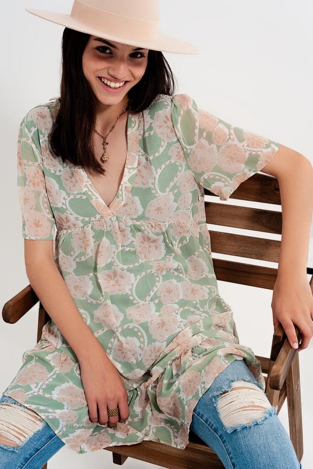 Vestido corto estilo Babydoll en estampado de flores verde