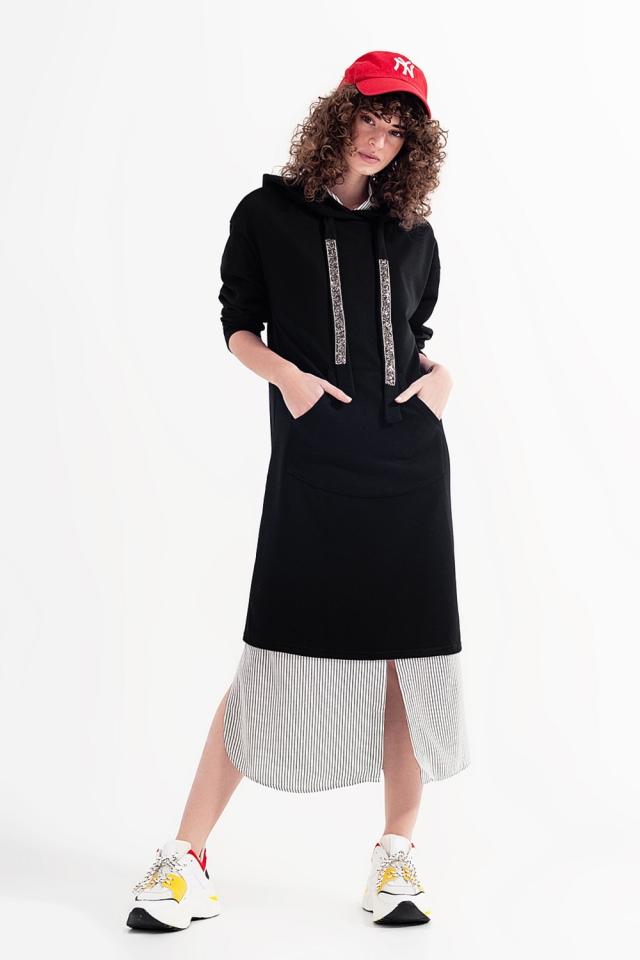 Vestido estilo sudadera con capucha en negro