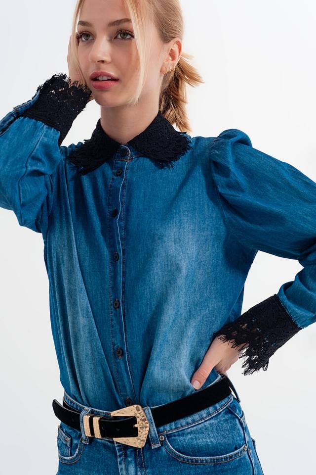 Camisa vaquera azul con mangas globo y detalles de encaje