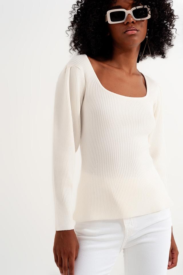 Jersey color crema con detalle de chevron