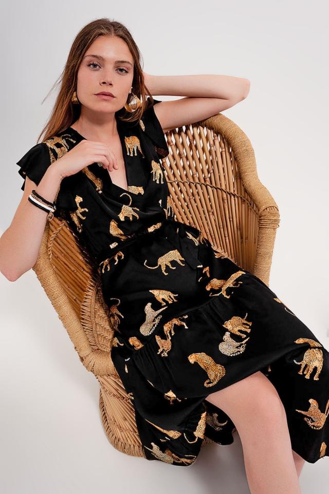 Vestido midi cruzado con estampado de tigres
