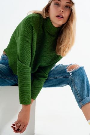 Jersey de cuello alto en canalé color verde