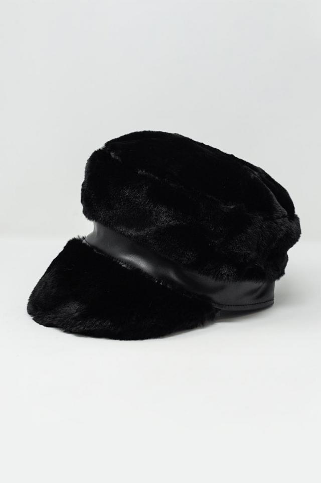 Gorra color negro estilo baker boy