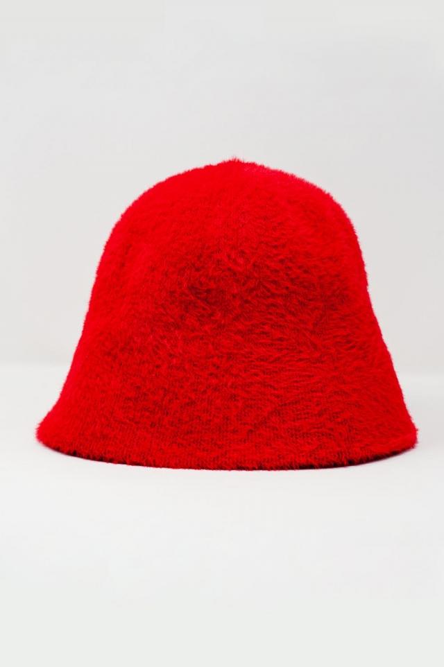 Sombrero de pescador de punto en rojo