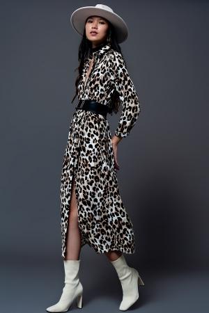Vestido camisero largo con estampado de leopardo