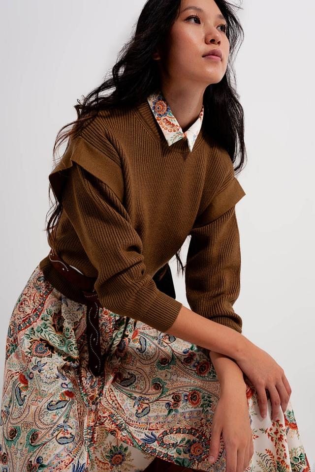 Jersey color caqui con detalle en las mangas