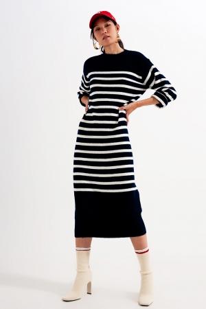 Vestido largo holgado de punto grueso a rayas bretonas